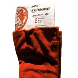 Petromax Aramid Pro 300 Gloves detail shot of the cuff