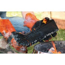 Petromax Aramid Pro 300 Gloves great for working with a camp fire
